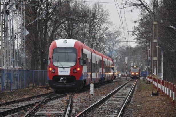 Pierwszy EN97 w barwach WKD wkd.com.pl