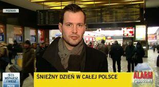 W Poznaniu śnieg utrudnia ruch kolejowy (TVN24)